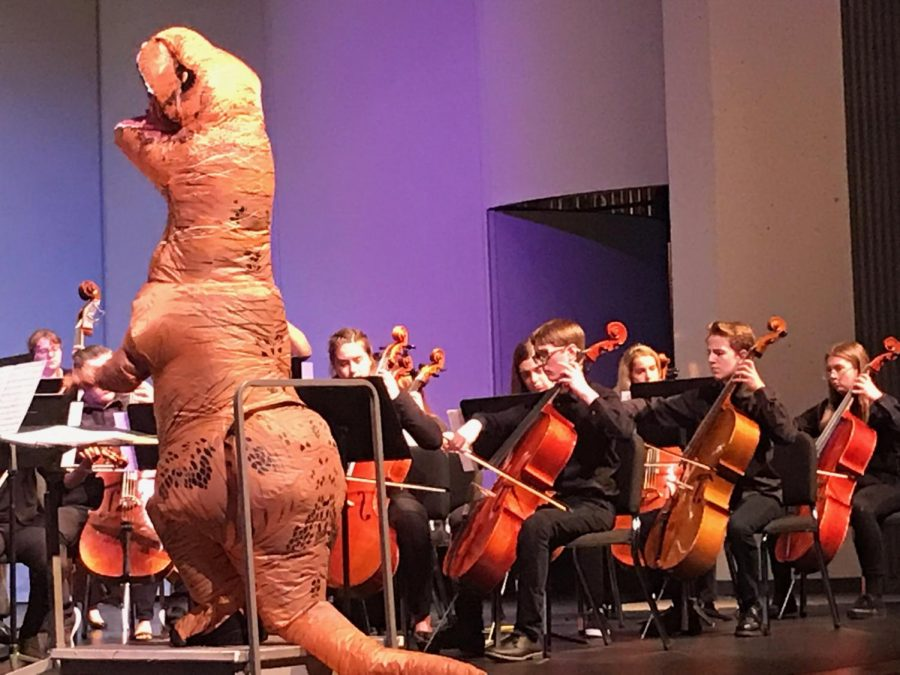 Dinosaur+directs+orchestra+at+final+concert