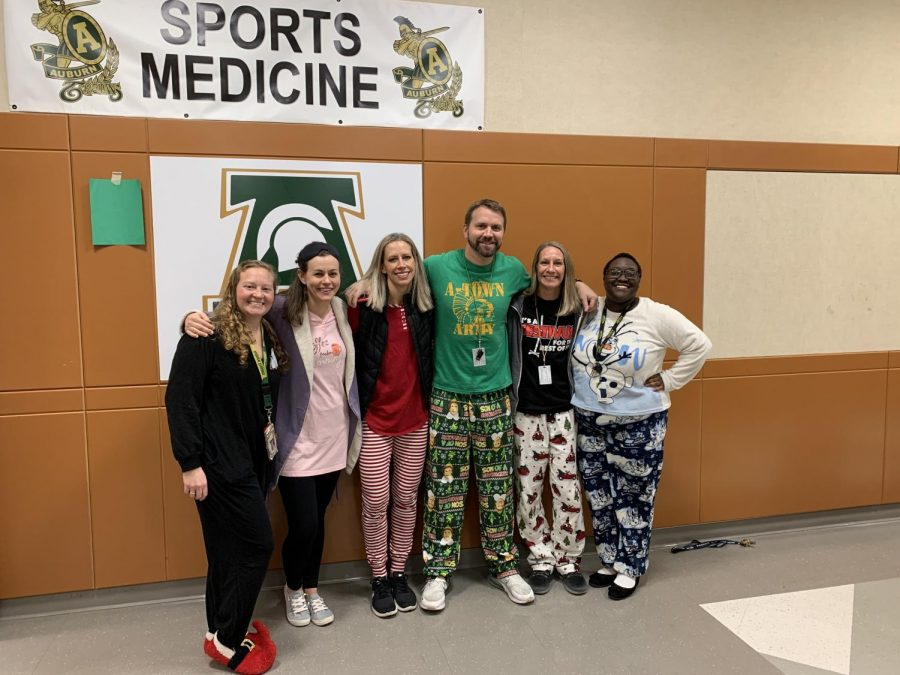 North+end+teachers+pose+in+their+pjs